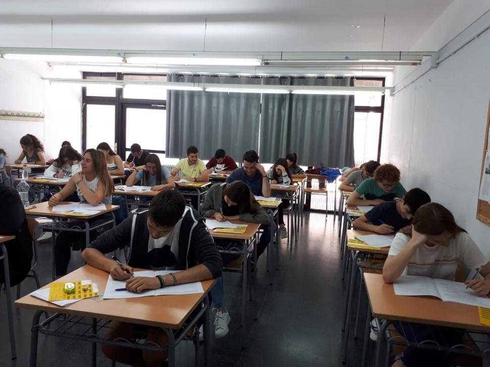 Més de 400 joves comencen la selectivitat a Igualada