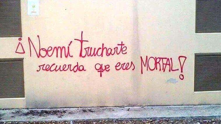 Pintades amenaçadores contra l'alcaldessa vilanovina