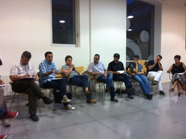 Alguns membres de PSC Igualada en la reunió oberta