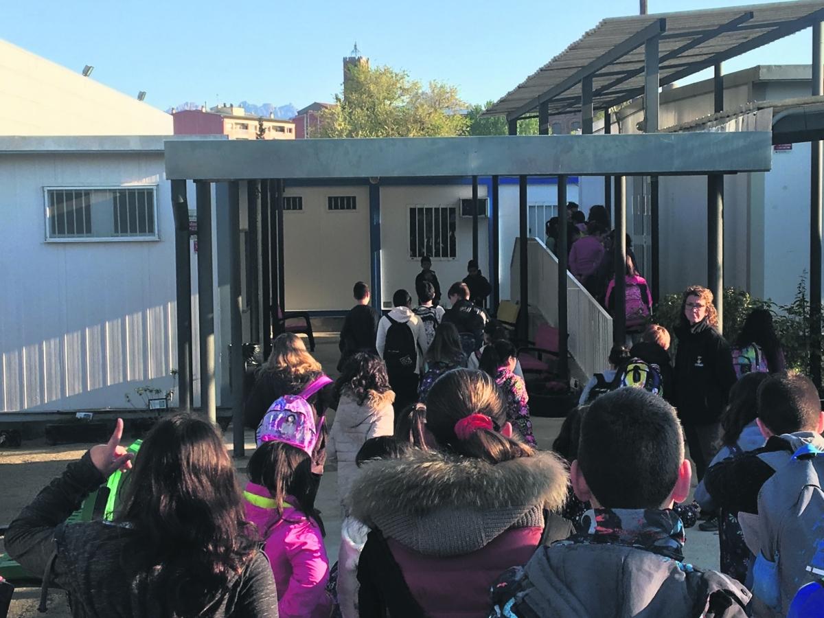 Barracons en una escola de l'Anoia