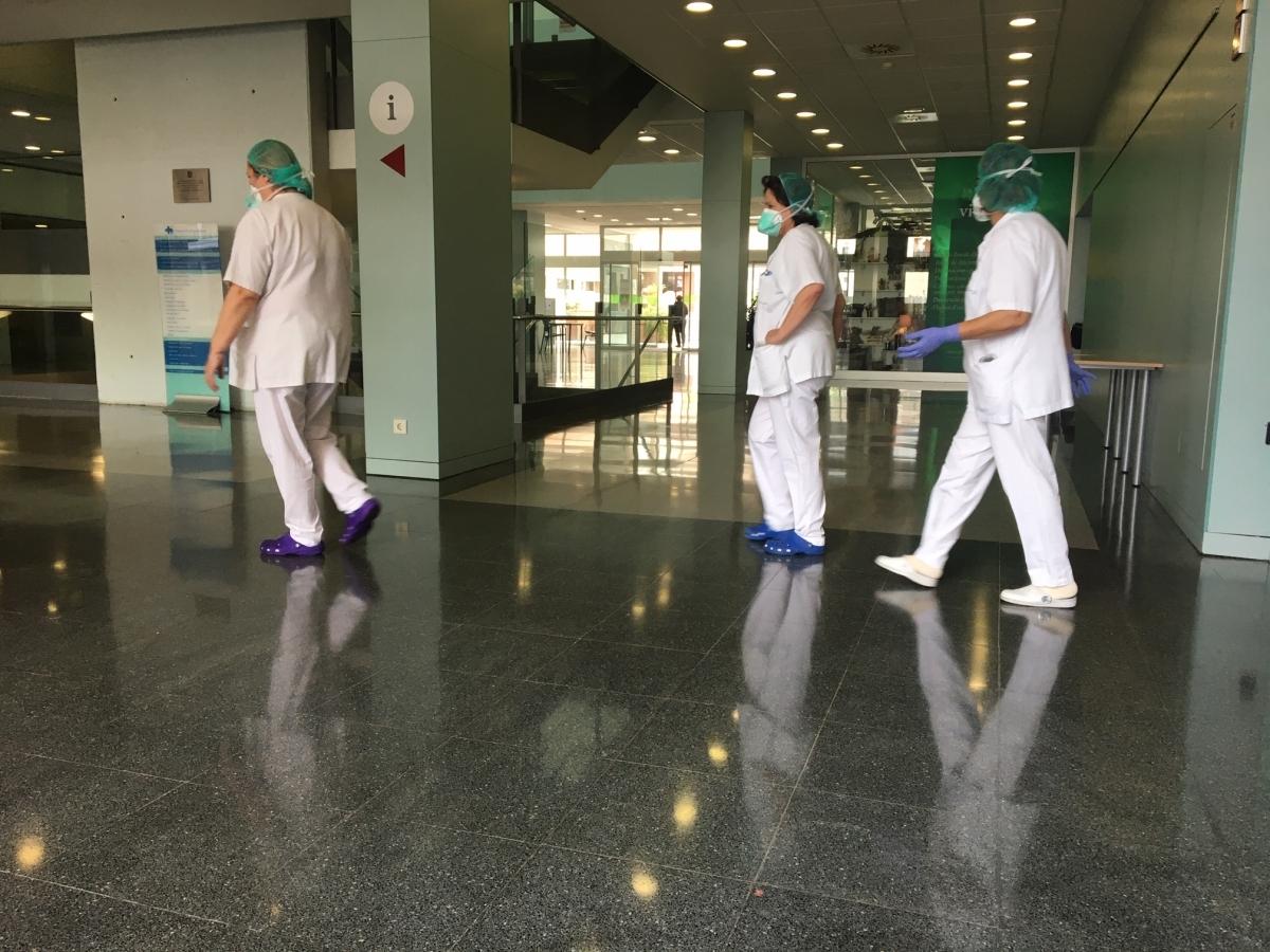 Personal de l'Hospital d'Igualada durant el confinament (Foto: TCM)