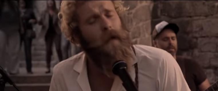 El guitarrista, a la dreta d'Smyth