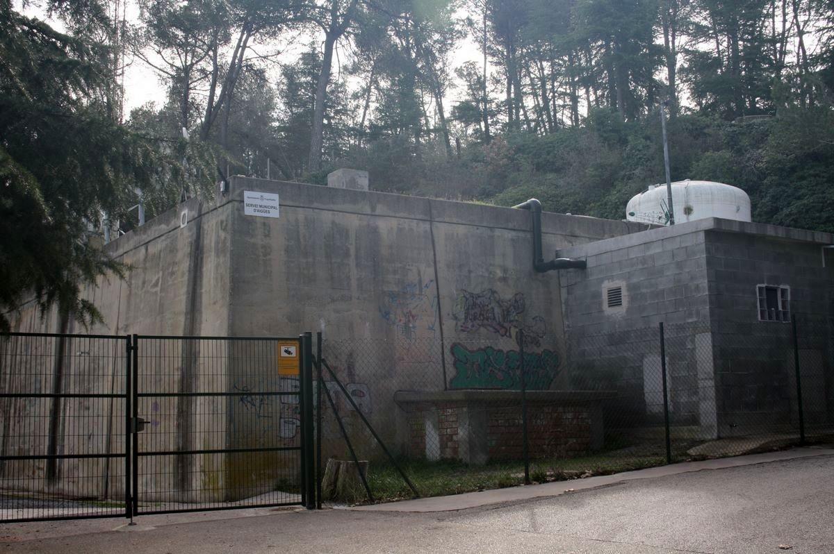Un dels dipòsits d'aigua que abasteix el municipi