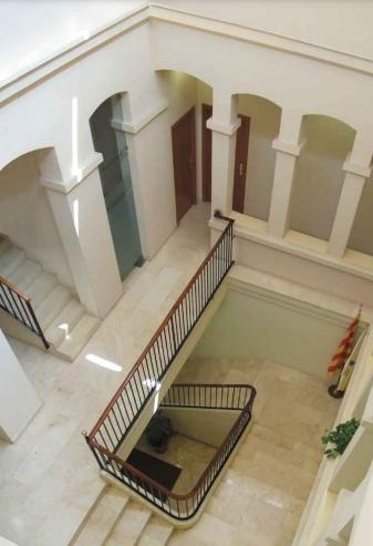 L'interior de l'ens comarcal, a la Plaça Sant Miquel d'Igualada