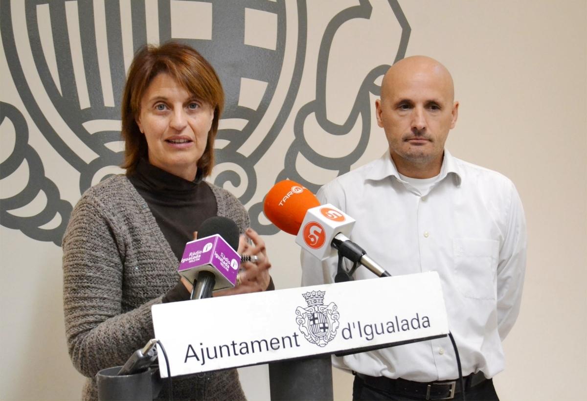 Rosa Maria Plassa i Jordi Pont, presentant el projecte
