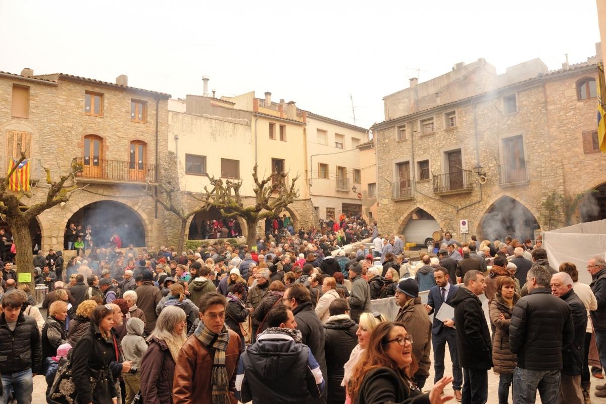 La Plaça Major de la Llacuna, escenari de les activitats