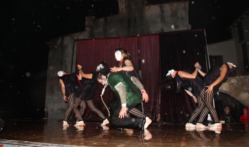 Performance al correfoc dels Diables de Piera
