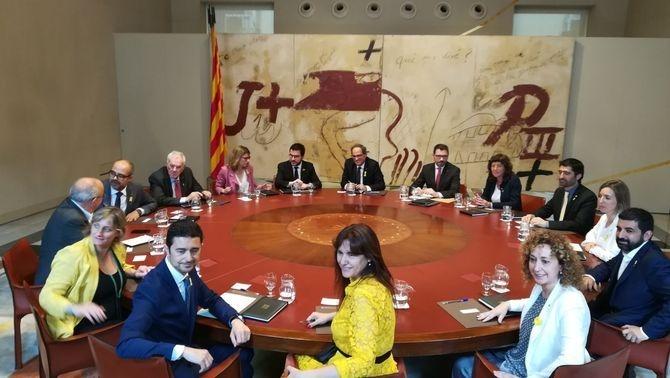 Primera reunió del Govern a Palau després de 7 mesos