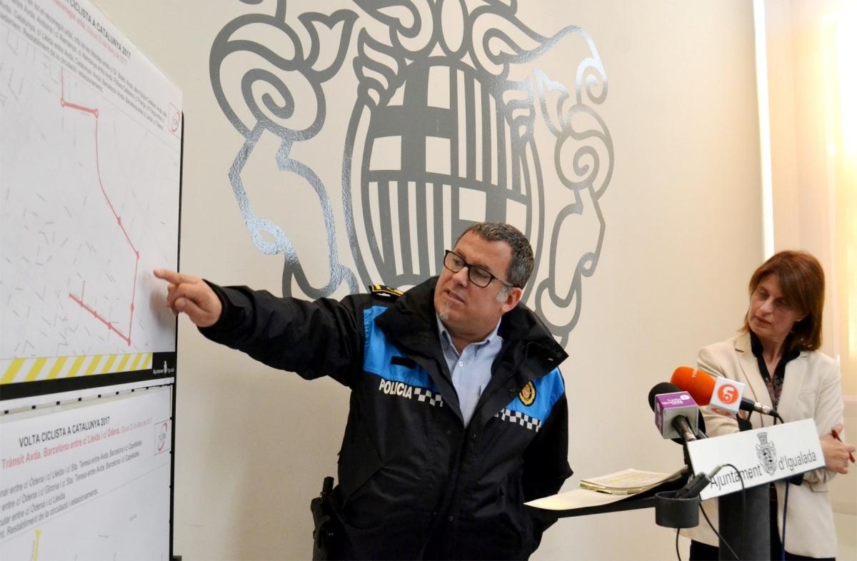 Jordi Dalmases, assenyalant els punts de les principals afectacions