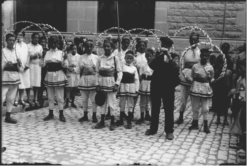 Cercolets a la plaça del Pilar d'Igualada, cap a l'any 1925 - Foto: Arxiu Fotogràfic Municipal
