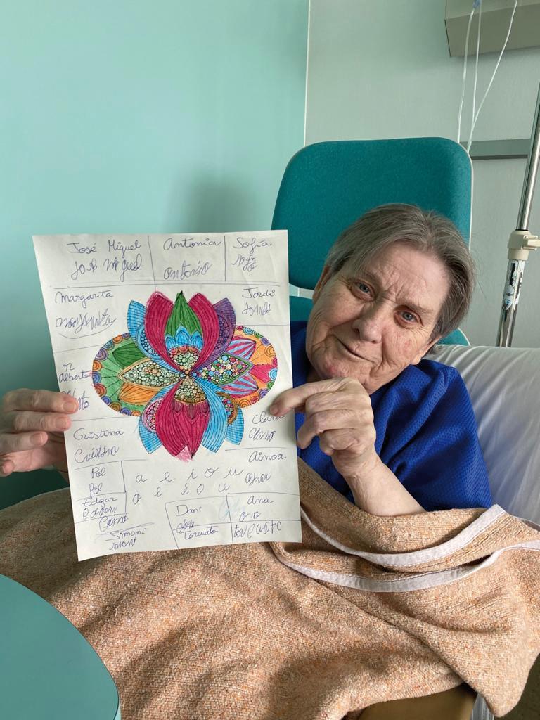 La Marga animava la seva mare Cristina a dibuixar durant les llargues hores a l'habitació de l'hospital.