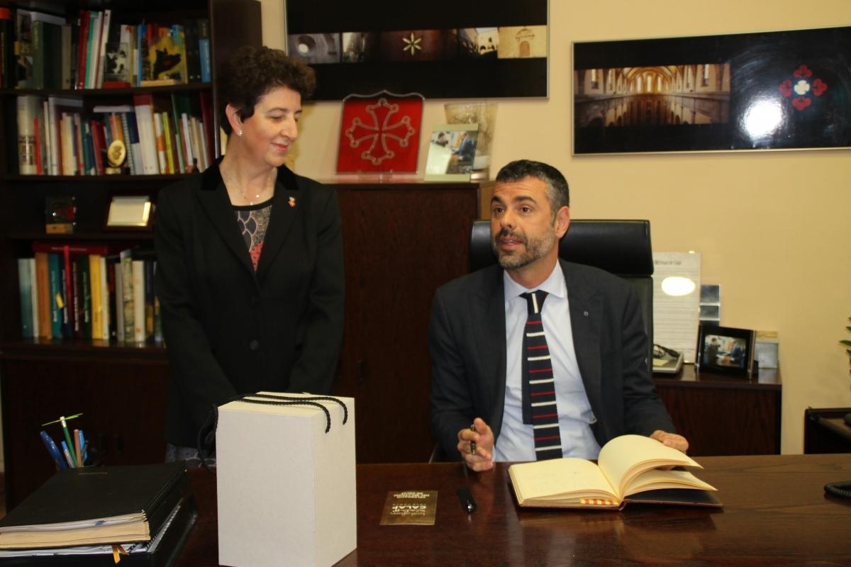 L'alcaldessa, Maria Antònia Trullàs va rebre Santi Vila a l'Ajuntament