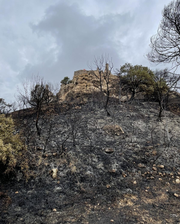 Perspectiva del castell, després del foc FOTO: Damià Amorós Albareda