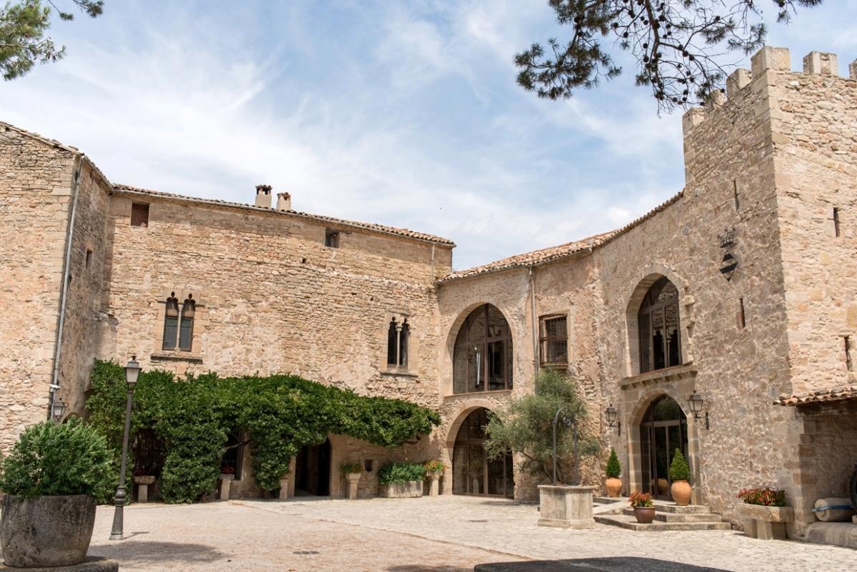 El Castell de Tous, un dels escenaris imprescindibles del certamen