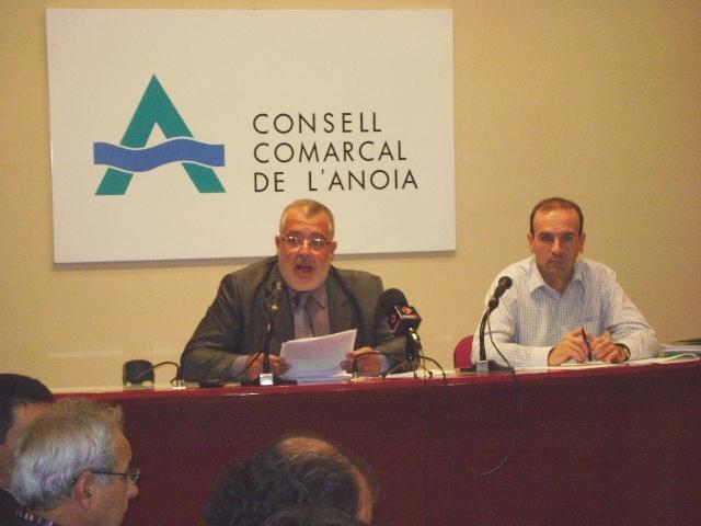Xavier Boquete acomiadant-se de la resta de consellers del Consell Comarcal