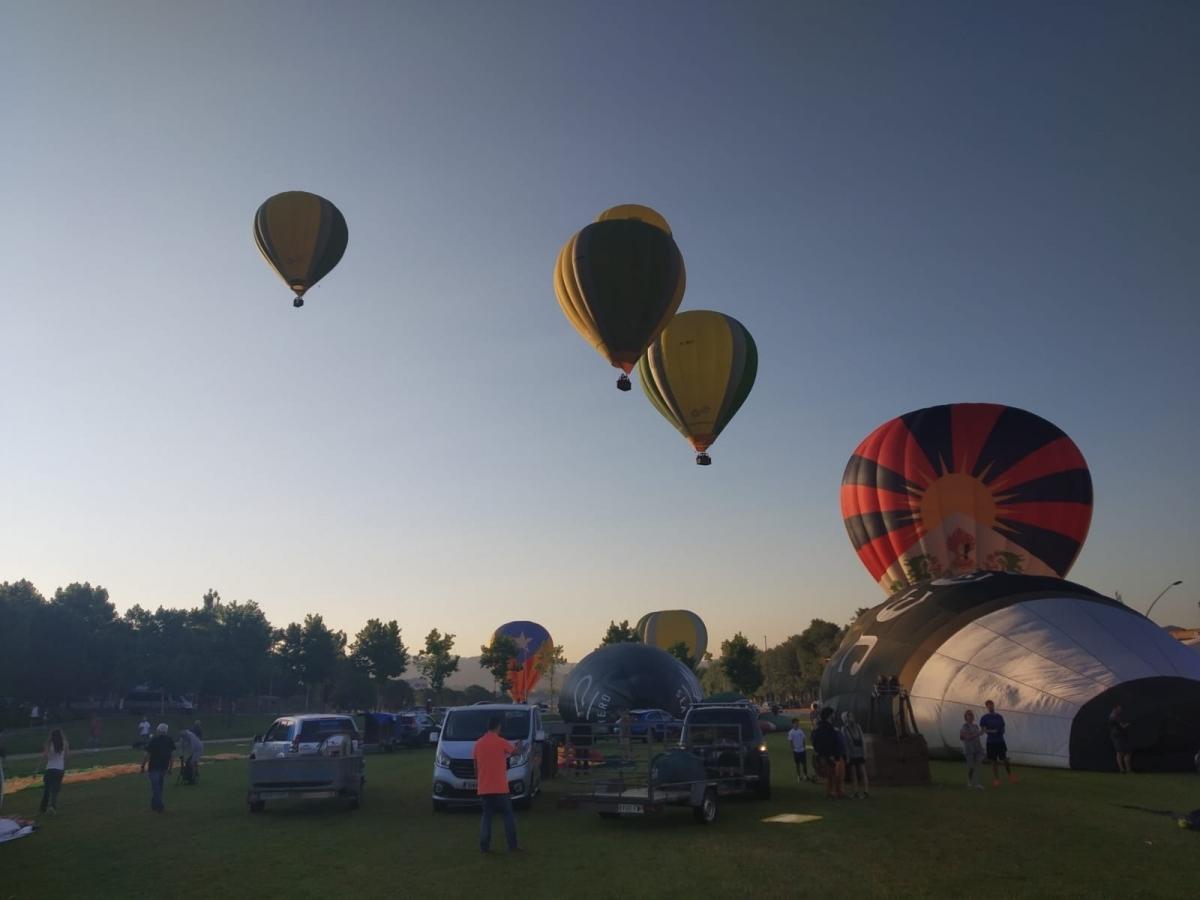 El panorama que oferia el Parc Central, a les 7 del matí de dijous
