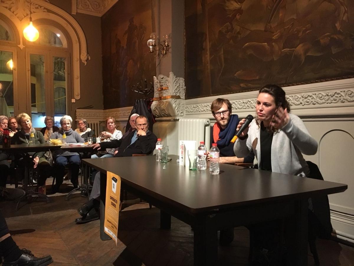 Laia Vicens va conversar amb Jordi Còdol durant la presentació d'