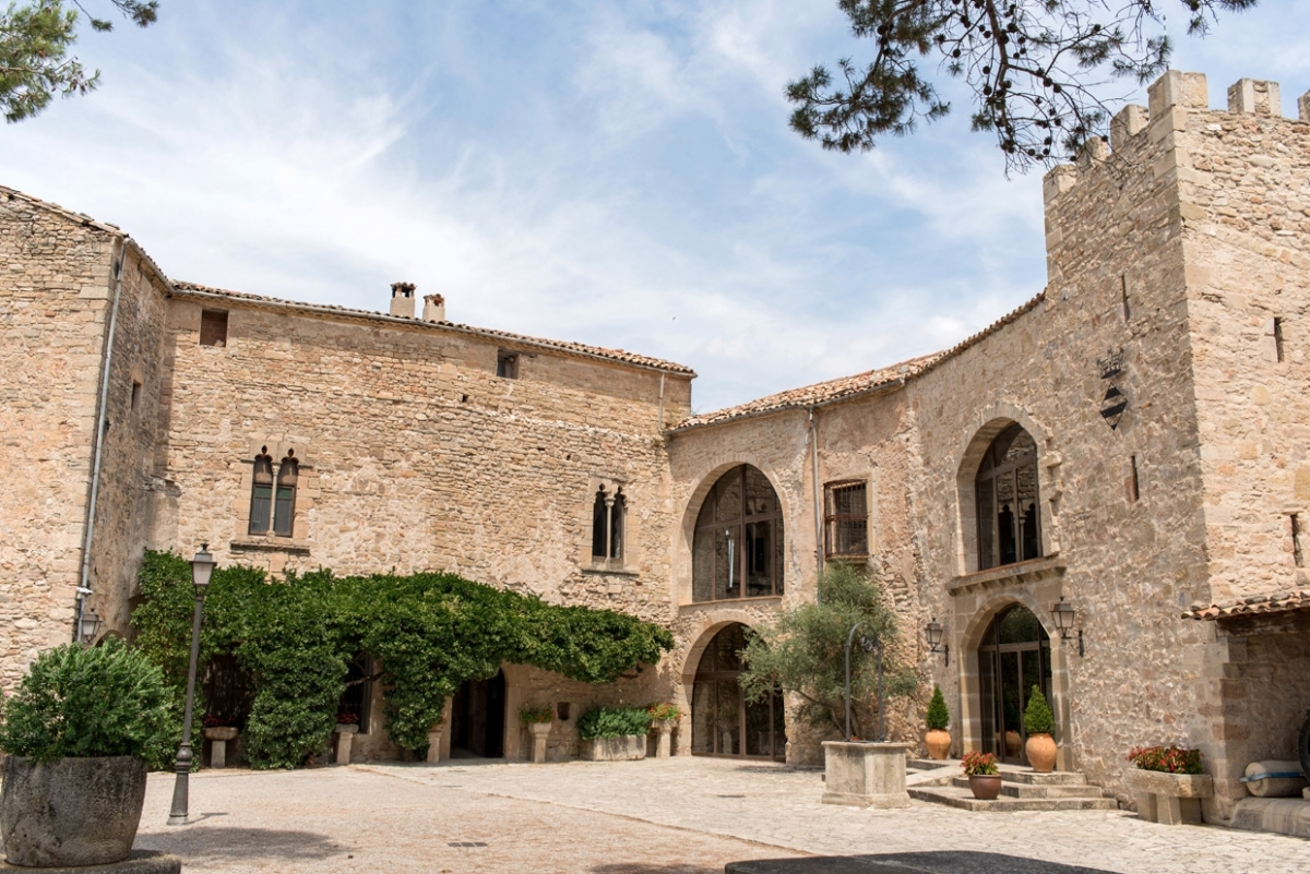 El Castell de Tous, un dels atractius del centre de la comarca