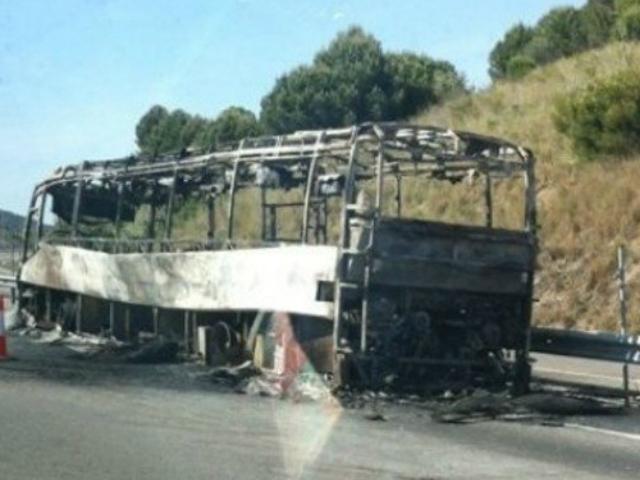 Autobús incendiat