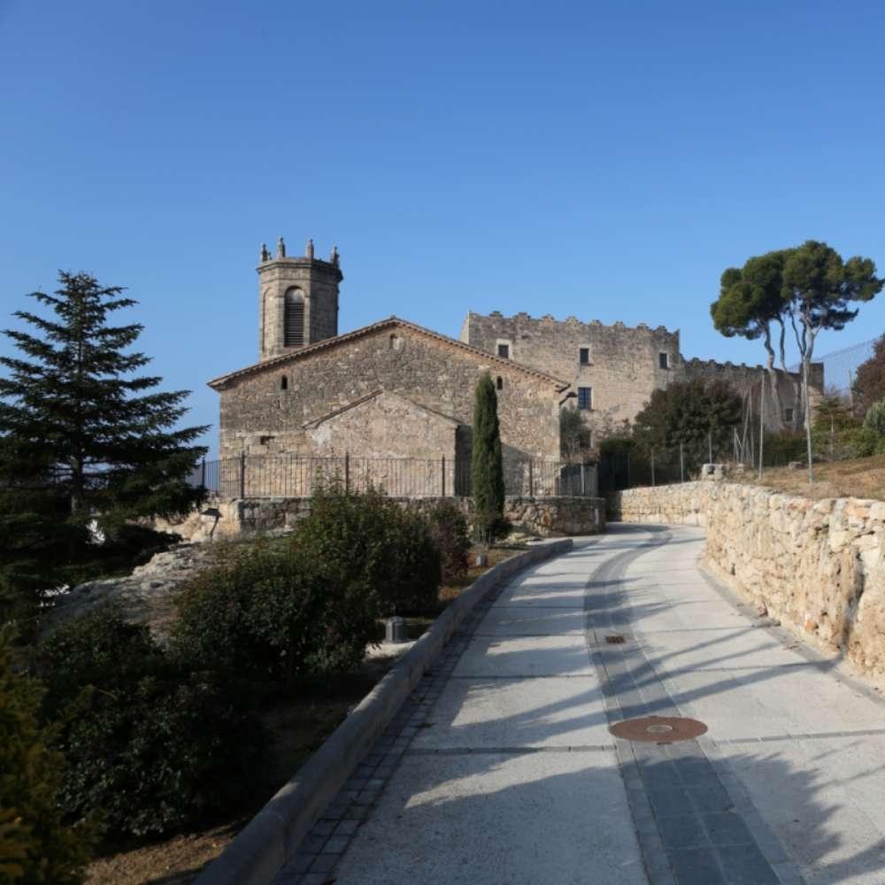 El Castell de la Torre de Claramunt, al nucli principal