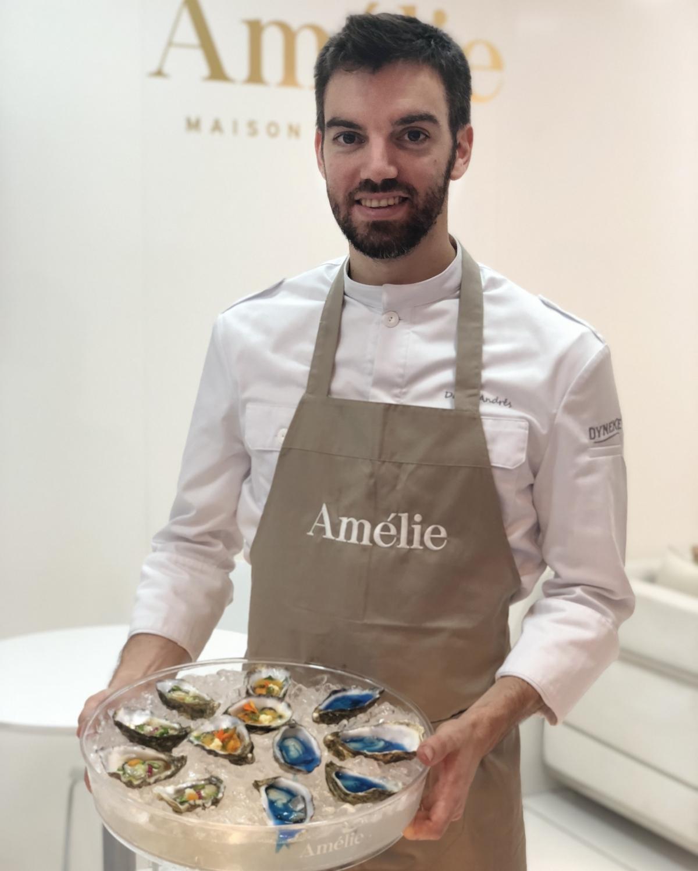 Andrés, amb un dels plats que ha treballat