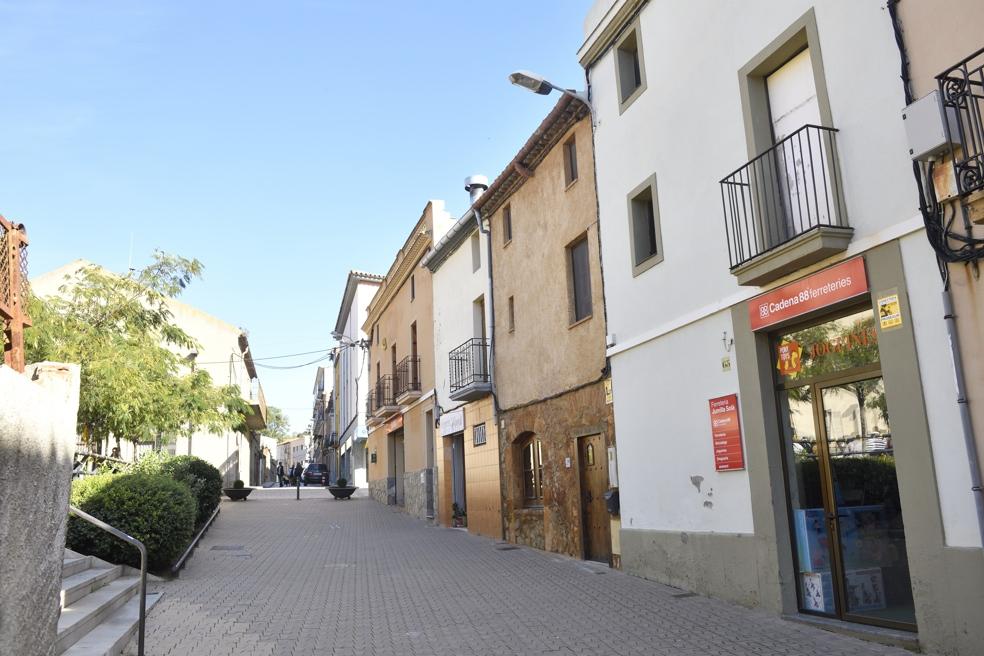 El centre de Vallbona d'Anoia, la seva zona comercial