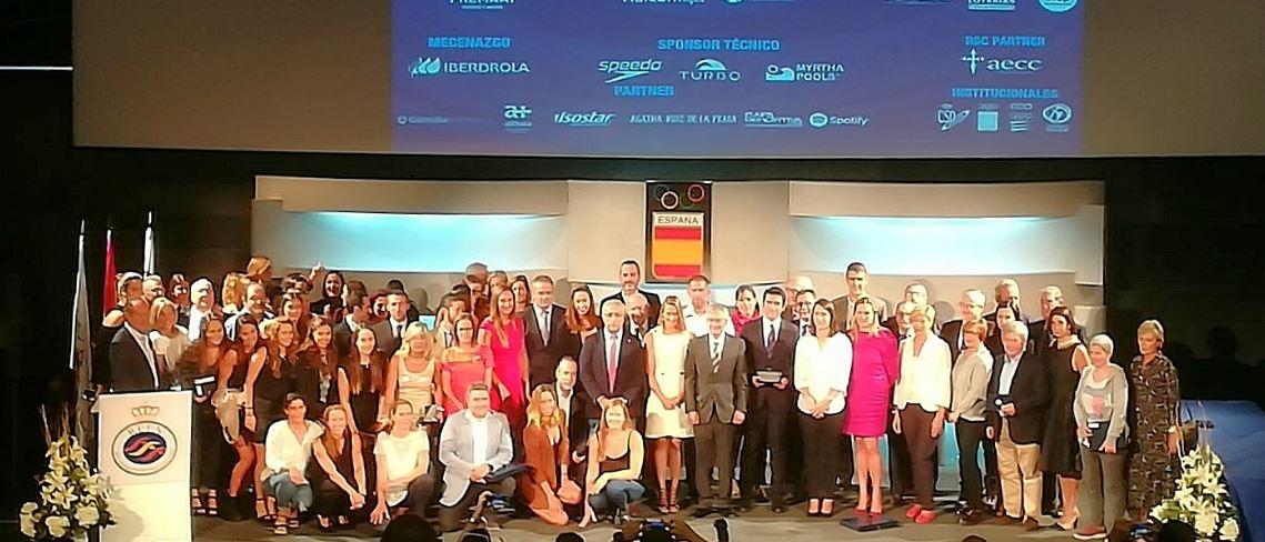 La fotografia final de la gala, amb tots els premiats