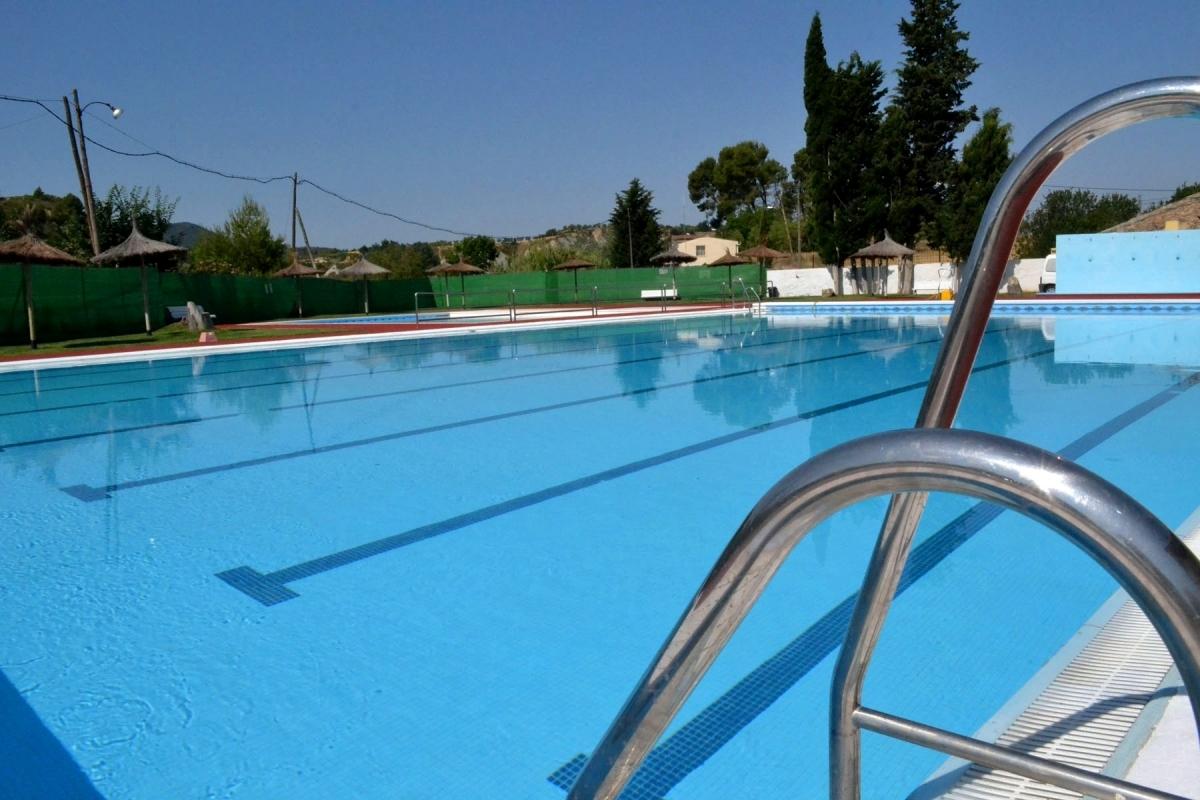 Les obres de la piscina, enllestides perquè comenci la temporada de bany