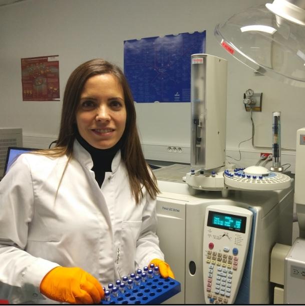 Georgina Balcells, al laboratori