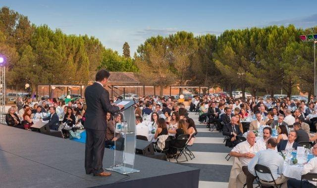 El president de la UEA, Blai Paco, durant el discurs del sopar