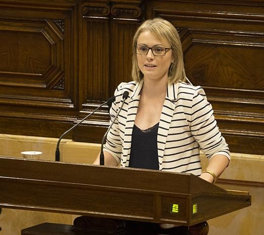 Maria Senserrich defensant la nova llei