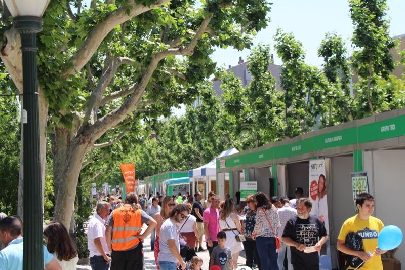 El Passeig ha centrat el flux principal d'actvitat comercial.