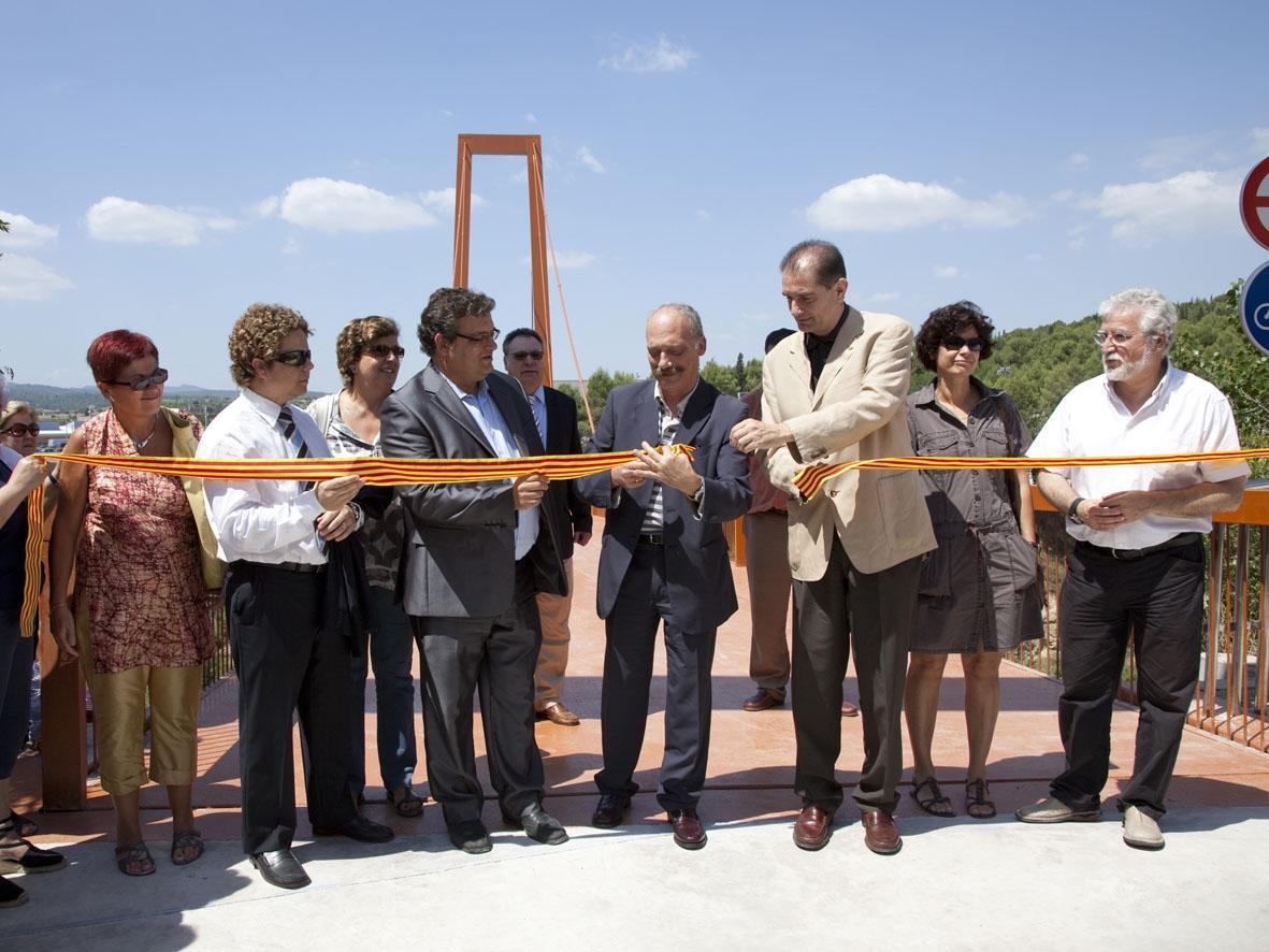 Moment de la inauguració del nou pont a Igualada - Foto: Judit Contreras / Diputació de Barcelona
