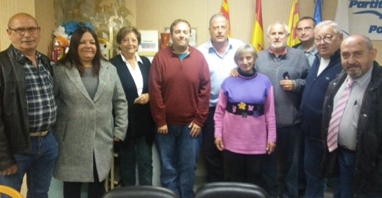 L'equip electoral de Joan Agramunt, cinquè a l'esquerra