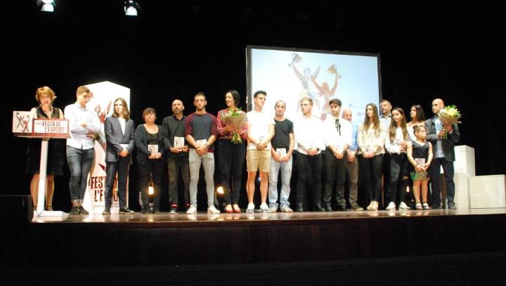 Els finalistes de l'edició anterior, sobre l'escenari