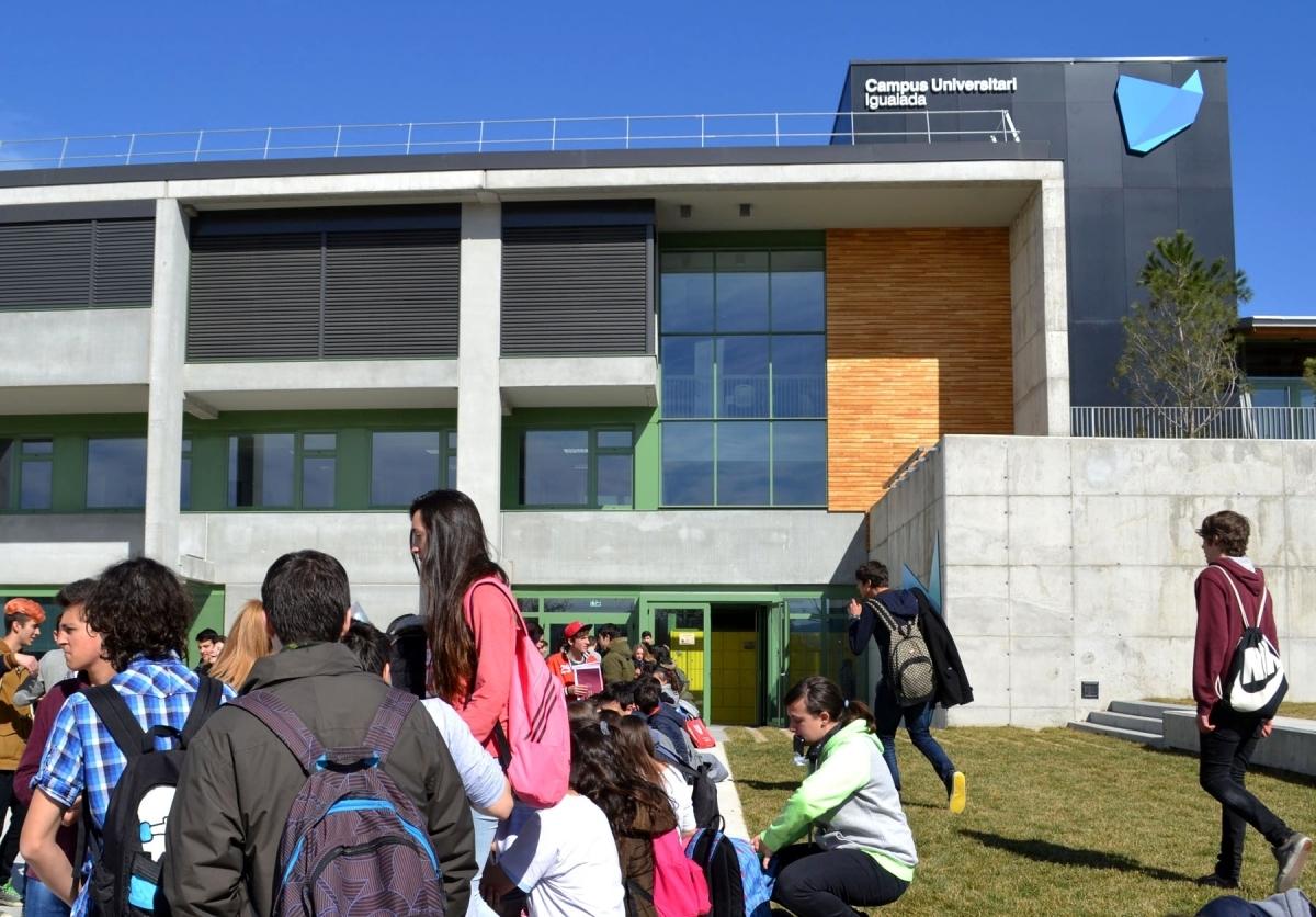 El Campus Universitari d'Igualada, situat al Pla de la Massa