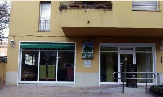 L'Estada, ubicada al carrer Òdena