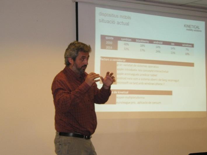 Roger Farrés en el taller 7x7