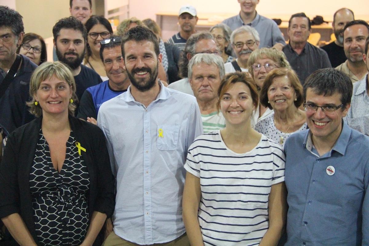 Conill, al centre, acompanyat de la consellera Vergés, la diputada Telechea i Josep Maria Palau