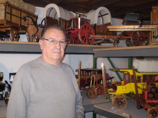 Pascual Heredia amb els seus carros