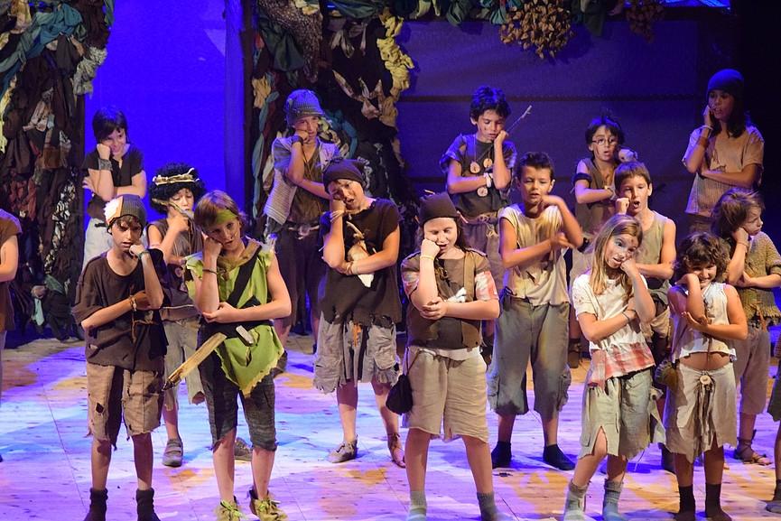 Els joves actors en jun anterior muntatge de L'Olla Expressa