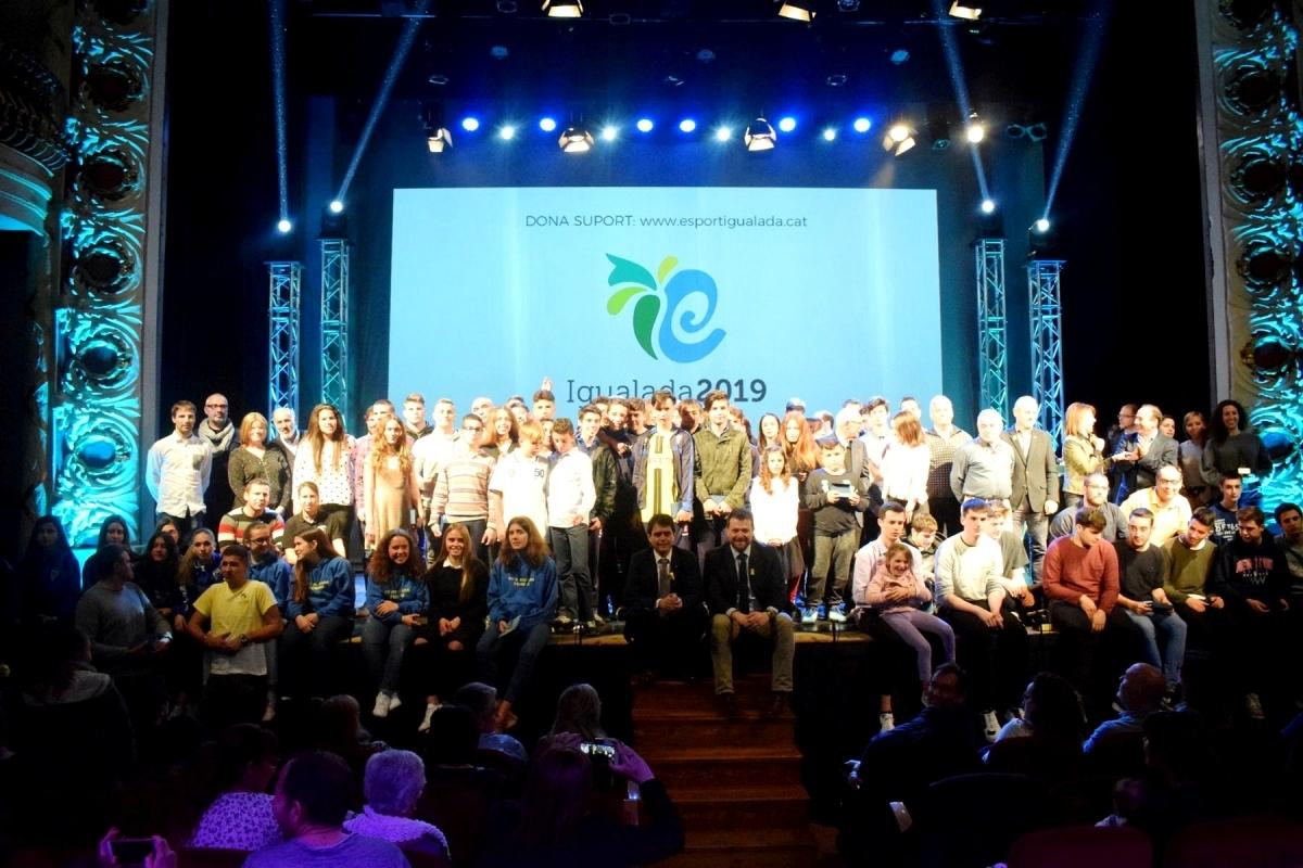 Els guanyadors i guanyadores del Neptú 2018, en una fotografia de família
