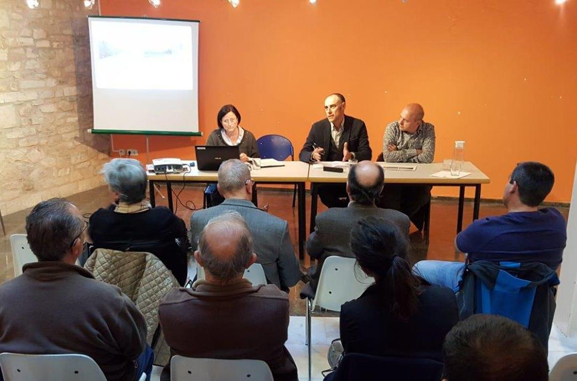 Badia, al centre, en la presentació, amb Fàbrega a la dreta