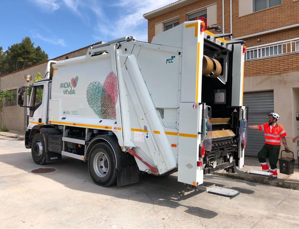 El camió encarregat de les tasques de recollida