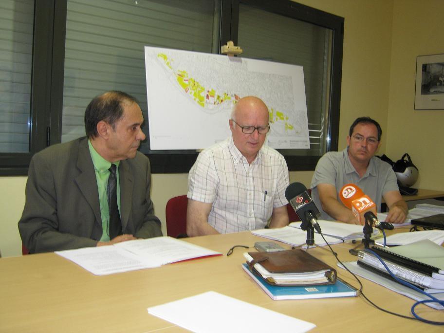 Josep Vallès,  Miquel Vila i Gonzalo Liz