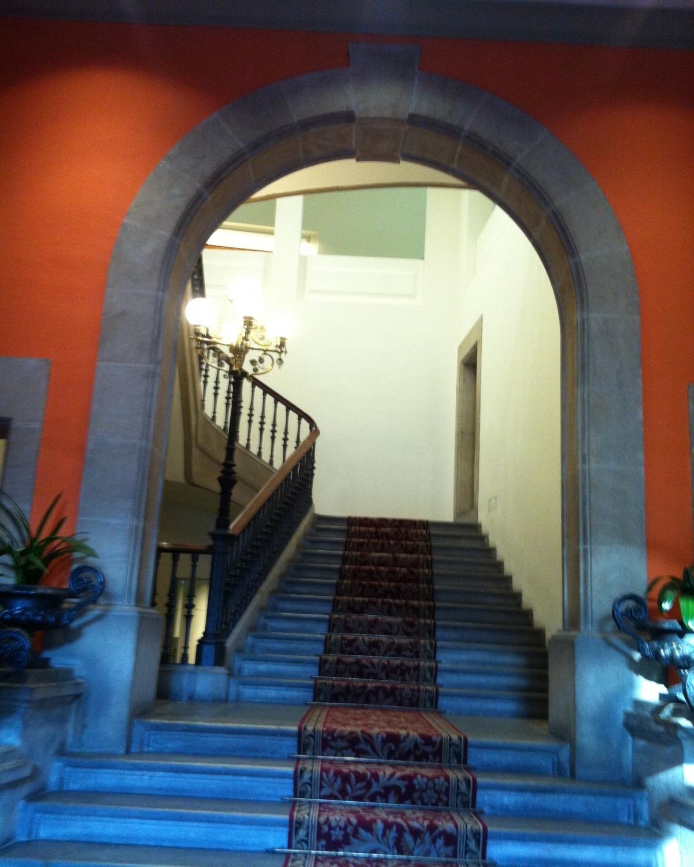 Interior de l'Ajuntament d'Igualada