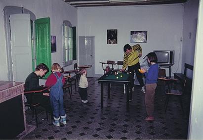Sala de lleure a la casa de colònies