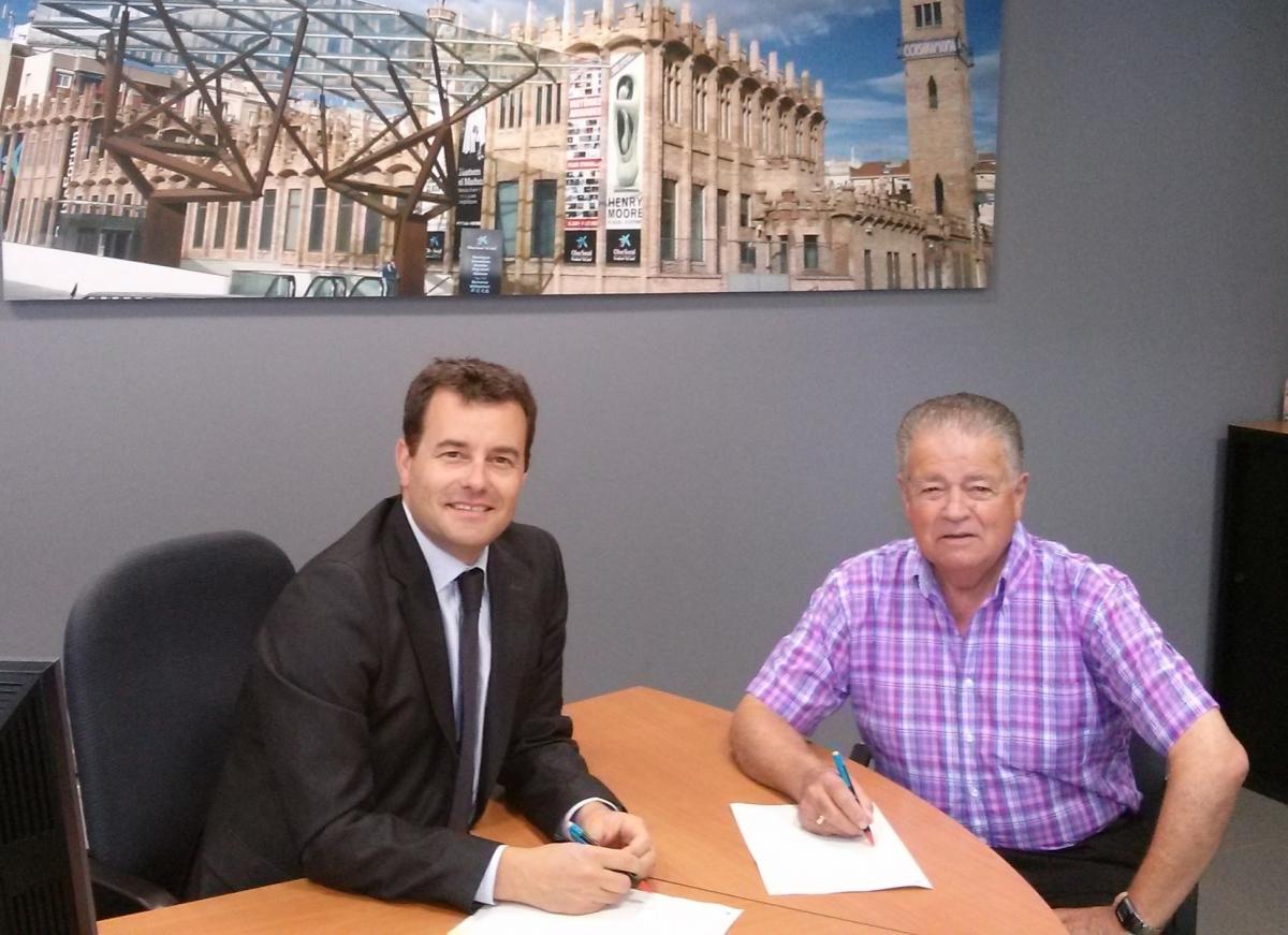 Imatge de la firma del conveni