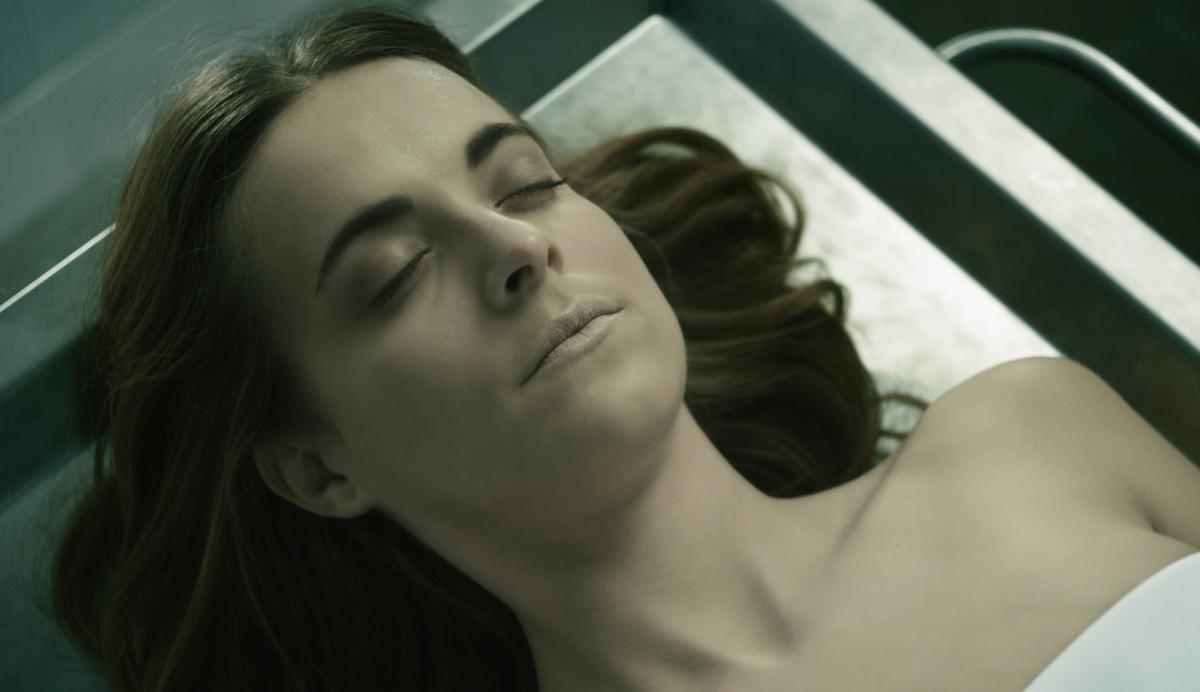 Alba Ribas interpreta Anna Fritz al film El Cadáver de Anna Fritz, d'Hector Hernández