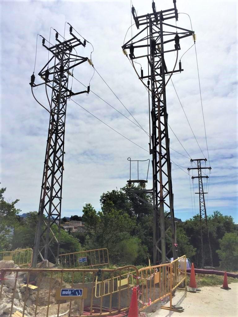 Algunes de les torres afectades pel desballestament